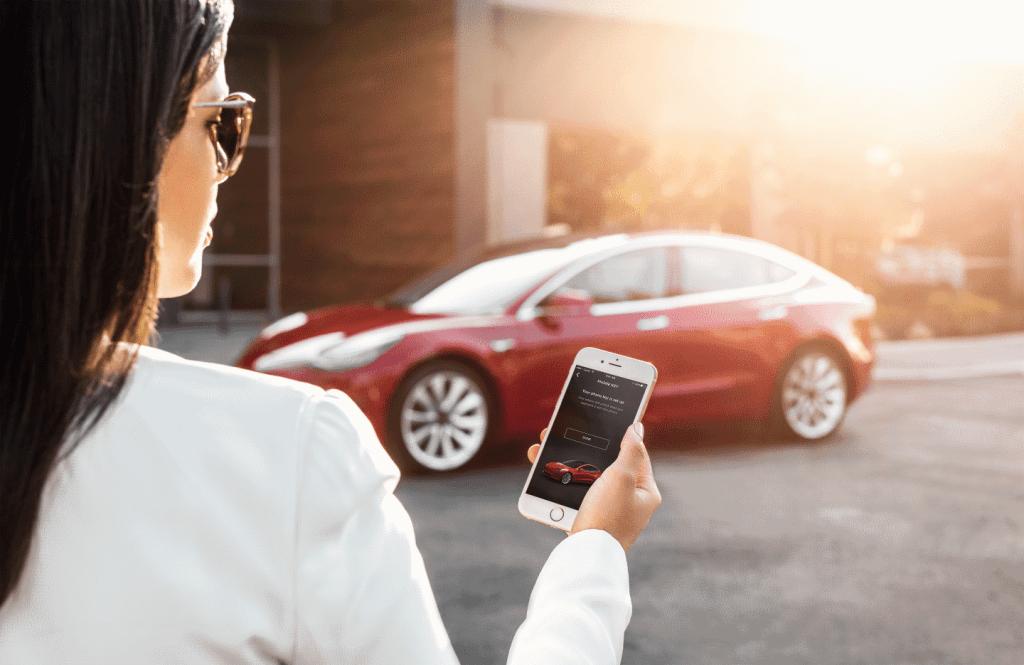 Quelle Tesla Model 3 - My Tesla Phone App as Key