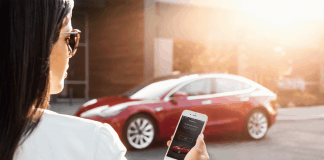 Quelle Tesla Model 3 - My Tesla Phone App as Key