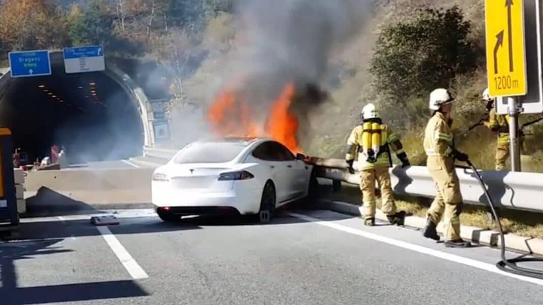 © Bild: Facebook Video Screenshot Feuerwehr der Stadt Landeck