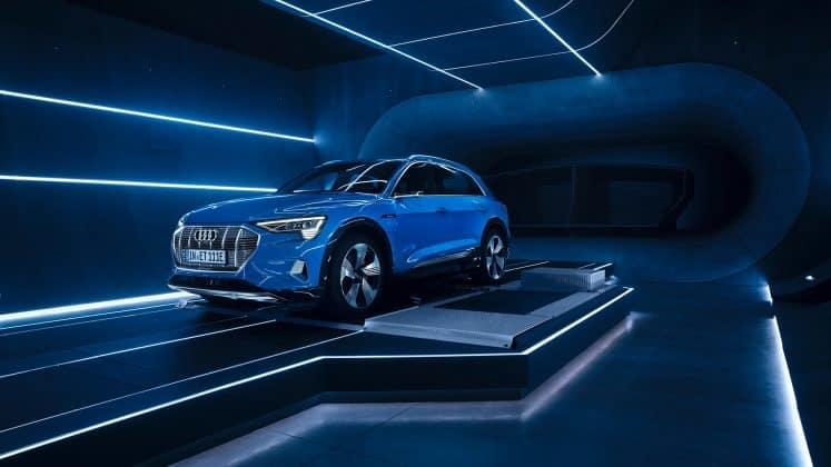 Audi e-tron: Weltpremiere des ersten rein elektrischen Serienmodells der Marke