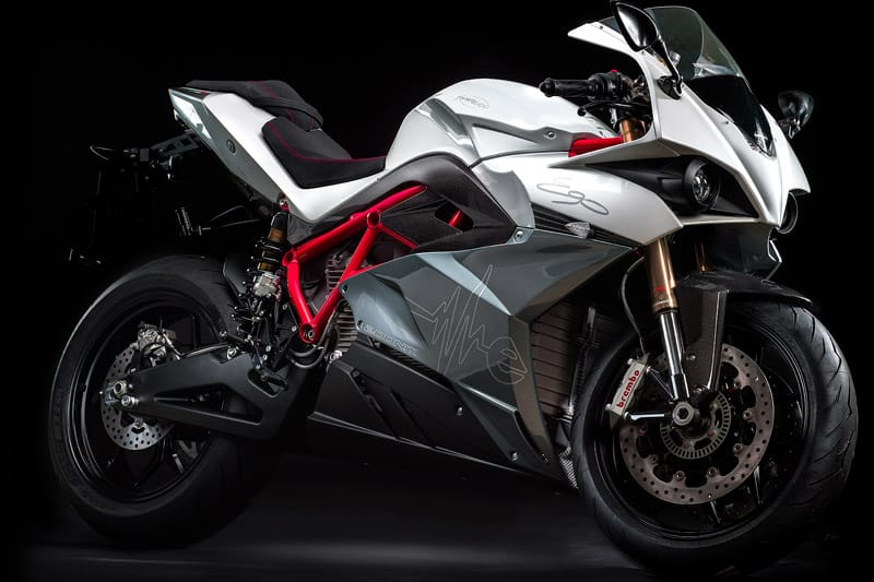 energica ego sport black elektro motorrad mit 240 km h. Black Bedroom Furniture Sets. Home Design Ideas