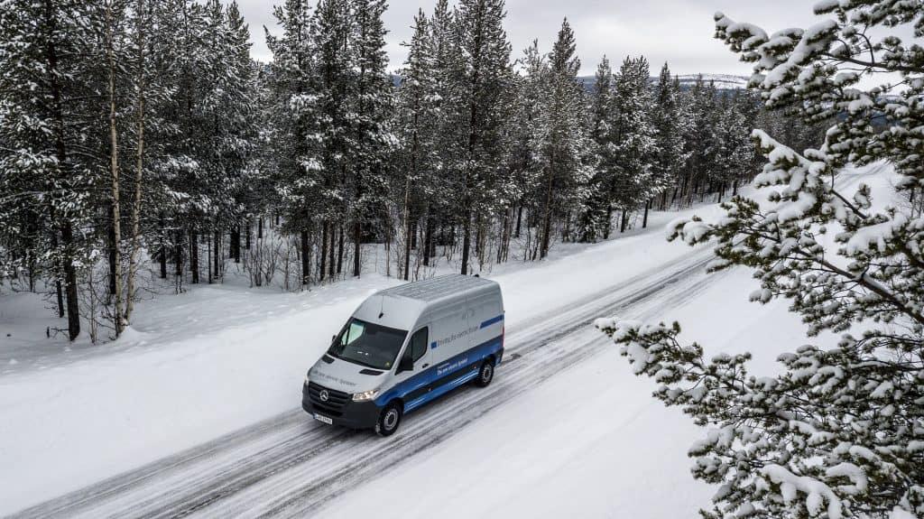 Zuverlässig im Winter: Härtetests mit dem neuen Mercedes eSprinter