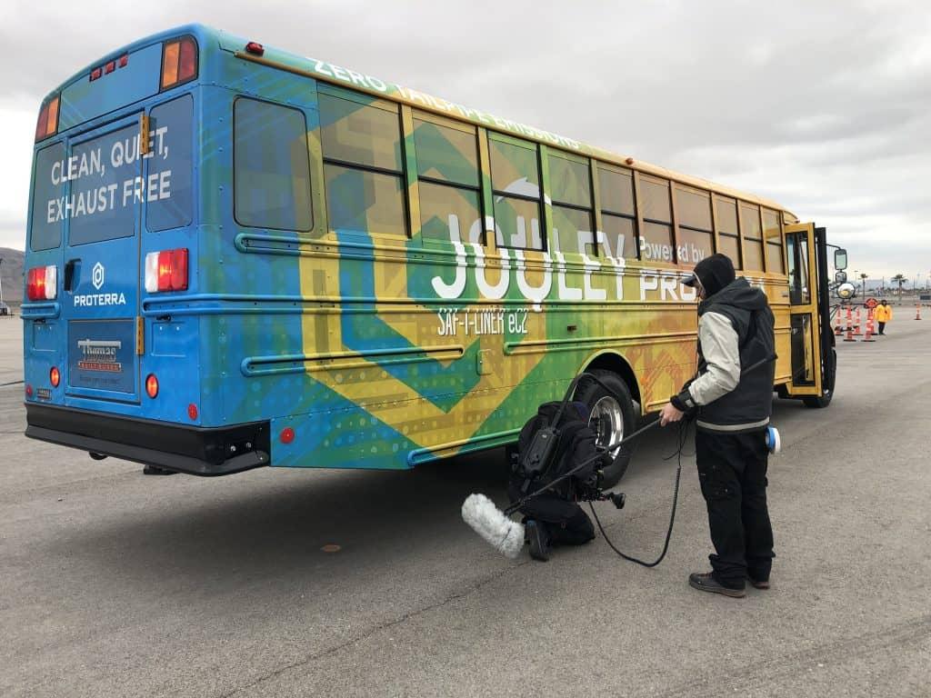 Vollelektrischer Schulbus Jouley startet in den USA