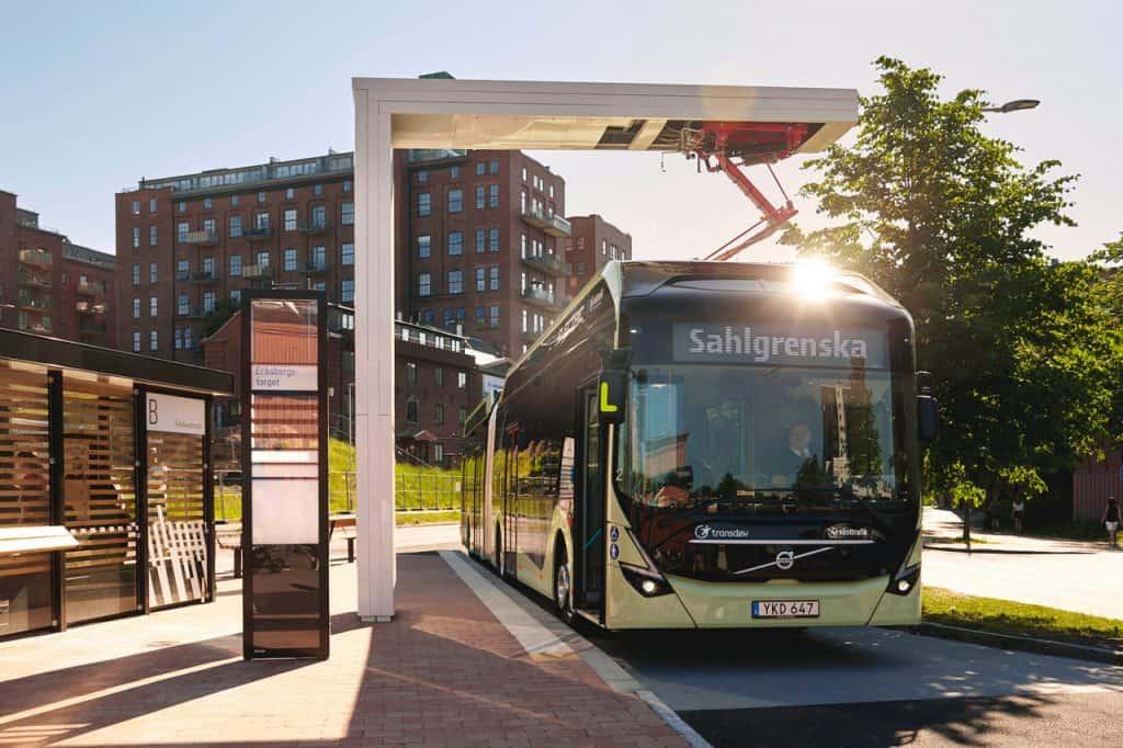 Neuer E-Gelenkbus von Volvo für eine saubere letzte Meile