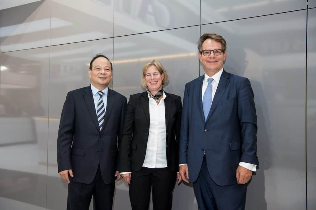 Kooperation zwischen CATL und Daimler: Batteriemodule für die Daimler E-Lkw