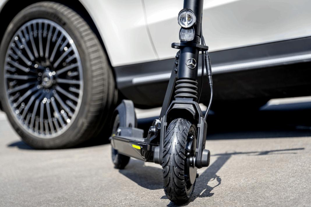 Mercedes-Benz E-Scooter in der EQ Markenfamilie in Kooperation mit micro