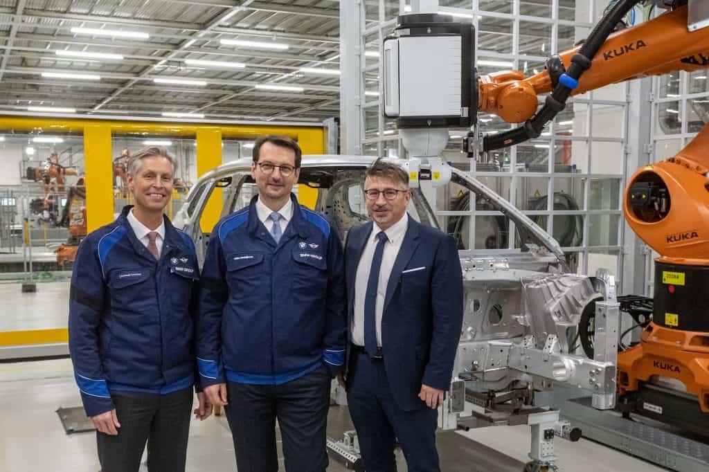 BMW investiert 400 Millionen Euro für den BMW iNEXT im Werk Dingolfing