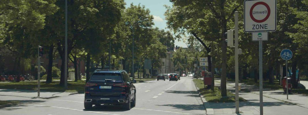 Bildrechte: BMW - eDrive Zones - entwickelt in Rotterdam - jetzt erhältlich in den Plug-in Hybriden aus Bayern