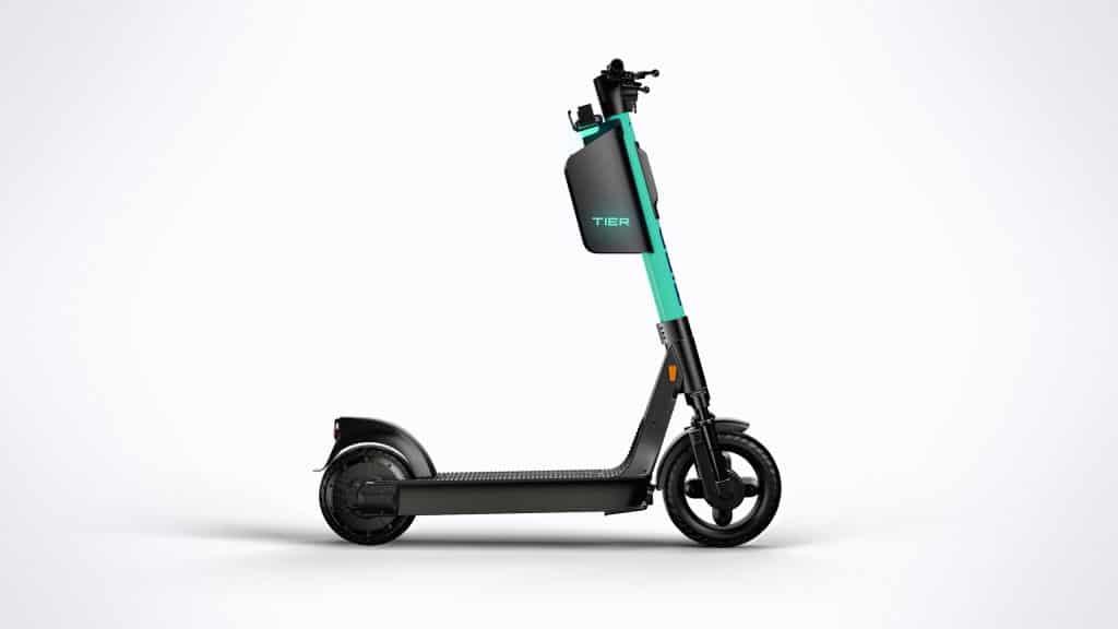 TIER Mobility führt Helmbox bei seinen E-Scootern ein
