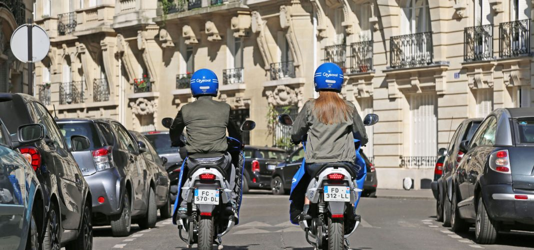 Bildrechte: CityScoot - E-Moped Sharing Leader from France - Paris