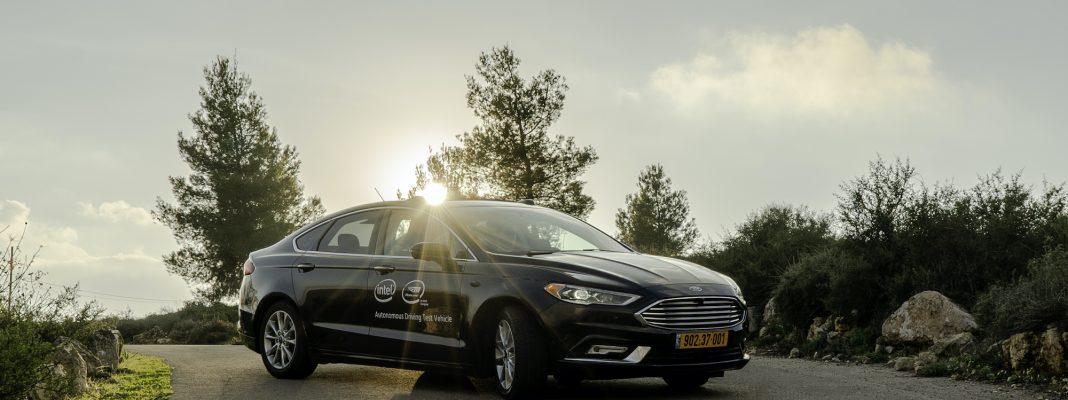 Der Ford Fusion wurde mit der Mobileye Technologie ausgerüstet. Autonomes Fahren, seit Juli 2020 testet die INTEL Tochter auch in Deutschland (Credit: Mobileye)